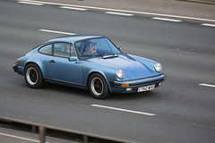 911 3.2 Carrera series (kenjonbro) Tags: uk blue england stone canon kent sunday 911 porsche carrera aircooled dartfordtunnel a282 thebrent worldcars dartfordrivercrossing kenjonbro canonextender14 3164cc canoneos5dmkiii canonef70200mm128l1siiusm {vision}:{outdoor}=0817 {vision}:{car}=0817 c752wks 91132carreraseries