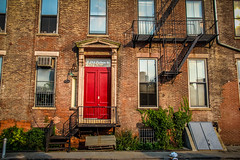 New York Red Door (SebaPerna) Tags: door new york nyc newyorkcity travel red ny newyork brooklyn canon colours bricks colores reddoor nueva nuevayork canon650d canont4i