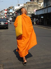 Bangkok, Thailand - Monk walking (ashabot) Tags: street people thailand seasia bangkok monks streetscenes buddhists