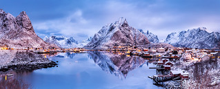 Still and Moving | Reine, Lofoten, Norway