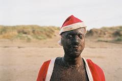 Christmas on Crosby Beach (Barnaby Nutt) Tags: agfavistaplus200 leicam6 crosby beach another place antony gormley statue public art poundland film