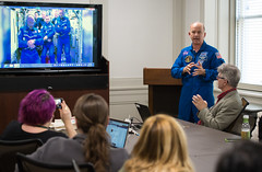 Astronaut Jeff Williams at National Park Service (NHQ201703230010) (NASA HQ PHOTO) Tags: washington usa usdepartmentoftheinterior nationalparkservicenps dc expedition48 jeffwilliams nasa aubreygemignani