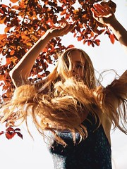 Far from chaos (Something long forgotten) Tags: red spring italy tania innocenti nature longhair