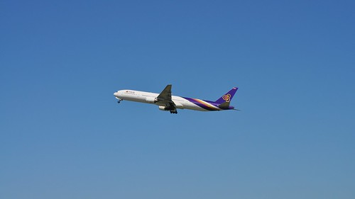 Thai Airways International Boeing 777-300 (HS-TKA), Brisbane International Airport