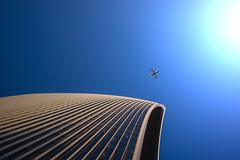 Departure (pwendeler) Tags: london highrise hochhaus skygarden haus gebäude building sony flugzeug aeroplane sky himmel flight flug fassade facade