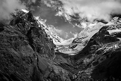 no way up (gerhard.haindl) Tags: ace landscapephotography landschaft mountain rock snow glacier clouds bw bnw monochrome schwarzweiss nopeople outdoor xp105574v2 xf