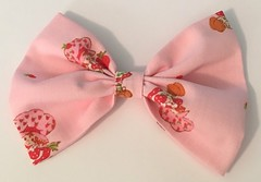 Vintage Strawberry Shortcake...Big Bow... (daffodil.lane) Tags: pinkmakesmesmile everythingpink handmade thinkpink vintage strawberryshortcake bigbow kidsstyle toocute toomuch vintagefabric