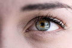 Eye detail (Sohmi ︎) Tags: france french nantes naoned modèle model athénaïs macro oeil eye color reflet reflexion grosplan bigplan beautifully mydaughter tamronsp90mm nikond810 ©sohmi flickr finegold