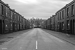 Dead End (Carl Yeates) Tags: canon550d toxteth liverpool welshstreets abandoned mono empty bw