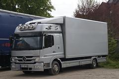 Mercedes-Benz Atego 824 met kenteken KLE-QD 788 in Emmerich am Rhein 23-04-2017 (marcelwijers) Tags: mercedesbenz atego 824 me kenteken kleqd 788 emmerich am rhein 23042017 truck trucks lkw camion bakwagen vrachtwagen vrachtauto mercedes benz deutschland germany duitsland nrw niederrhein met kenzeichen