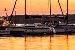 Yachthafen am Cospudener See (christopherbischof) Tags: see lake boot segelboot wassaer water leipzig cospuden cospudenersee deutschland germany hafen marina pier1 zöbickerhafen sonnenuntergang sunset