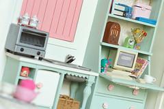 A Little Girl's Vardo 4 (Humbumbuggy) Tags: dollhouse gypsy wagon caravan vardo barbie rement furniture doll miniature