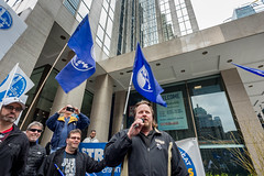 20170428_USW_Solidarity_Demonstration_Toronto_504.jpg (United Steelworkers - Metallos) Tags: manifestation demonstration usw d5 metallos union district5 syndicat glencore cezinc demo stockexchange toronto canlab