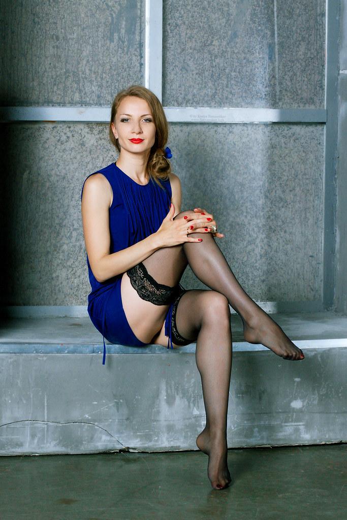 Блондинка в чулках фото с россии фото 339-616