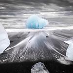 Jokulsarlon ice beach - Iceland - Travel photography thumbnail