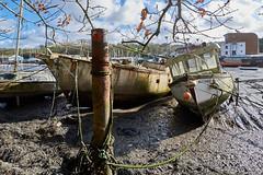 In Penryn harbour (pierre_et_nelly) Tags: penrynharbour penryn carrickroads falmouth cornwall kernow england boat lowtide tide