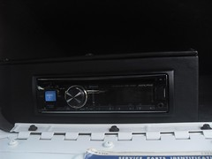 71K5Blazer_2k_radio2 (Monaco Luxury) Tags: auto bar 1971 ps pb stereo chevy 350 roll custom blazer resto k5 pristine frameoff