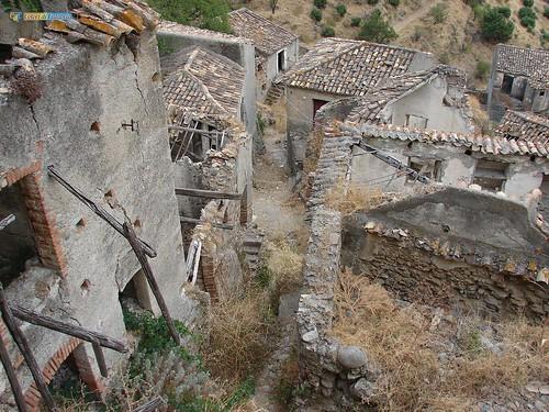 RC-Pentedattilo-vecchio borgo 07_L