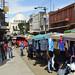 Vie di mercato in San Salvador