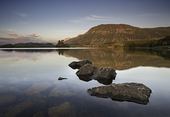 'Crimson Ridges' - Cregennan Lakes, Snowdonia (Kristofer Williams) Tags: sunset mountain lake reflection water wales landscape island still rocks day calm clear caderidris cregennan variosonnart281635 pwpartlycloudy