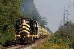 Working Up Hill (M. Lastovich) Tags: ohio pipe indiana trains oh loads railroads northeastern 1602 emd gp9 iner