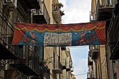 Opera dei Pupi di Palermo (supervito) Tags: italia di palermo sicilia pupi modica operadeipupi urbanarte cuticchio viabaraallolivella figlidartecuticchio palermoelapalermitudinebellapalermonlinevito