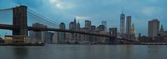 Vista de Manhattan desde  Brooklyn (karinavera) Tags: city nyc bridge light panorama usa newyork brooklyn night liberty photography photo long cityscape district capital explore empirestate hudson bigapple attractions nikond3200