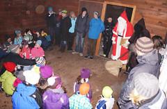 Samichlaus in der Waldhtte (bcuzwil) Tags: santa christmas kids club weihnachten schweiz switzerland kinder weihnachtsmann claus badminton wald bcu samichlaus uzwil badmintonclub schmutzli