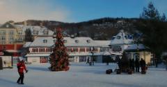 Apres le ski.... (aandrev) Tags: winter snow canada ski outdoors skiing hiver bleu qubec neige monttremblant laurentides