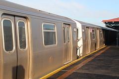 IMG_6775 (GojiMet86) Tags: new york city nyc subway mta avenue 2008 39 8904 bmt 39th 8905 8906 8907 8903 r160b