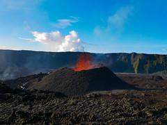volcan02-9 (loïcabadie) Tags: eruption pitondelafournaise laréunion réunion volcan lave