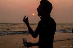 Untitled (Galib Emon) Tags: untitled seabeach outdoor water silhouette man eat sun sea ocean sunset silhouettephotography sunlight creativephotography color travel flickr funnymoment sky beach people monochrome catch fun beautiful canon eos 7d efs18135mm f3556 is coxsbazar chittagong bangladesh copyright galibemon