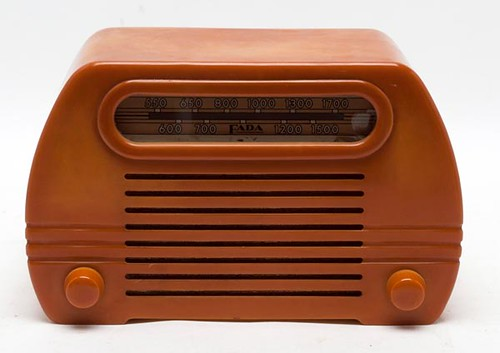 ADA Butterscotch Bakelite Radio ($190.40)