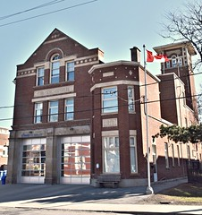 Fire Station 226 (Former 22), 87 Main Street, Toronto, ON (Snuffy) Tags: torontofirestation226 torontofirestation22 87mainstreet toronto ontario canada heartawards