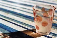 Discount Eggleston (Turikan) Tags: nikon fe helios 50mm fuji 100 glass sunshine gin bitter lemon spring
