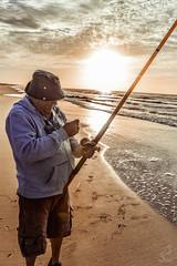 _DSC6660 (maxilopezfoto) Tags: maxi lopez fhisher pescador playa beach sunrise amanecer sigma