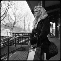 LM8 Waiting Oxford Station-1000873 (Photography on the streets) Tags: streetphotography candid urban monochrome blackandwhite leica m8