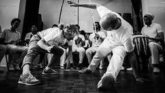 P1050429 (mario aquaro) Tags: blackwhite glasgow capoeira mao no chao