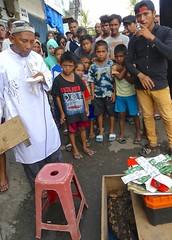 Cheap Jack with snake and kroko, pasar besar Ambon , Maluku (Sekitar) Tags: maluku moluccas molukken pulau nusa islands indonesia asia ambon leitimur seller billigerjakob cheap jack snake krokodil pasar besar market