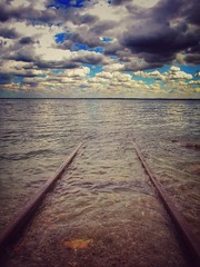 Le rotaie misteriose (ilfotografodellapausapranzo1) Tags: rotaie rails lagodigarda dreams misterious