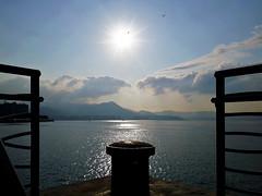 Peaceful early summer (C. Alice) Tags: favorites30 water spring sea sunlight seashore 2017 hongkong pier sun light cloud huawei leica asia p9 mhal29 mobile huaweimate9 mate9 favorites50