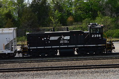 NS 2356 MP15E, Chattanooga,TN (Andrew7889) Tags: ns railfans emd