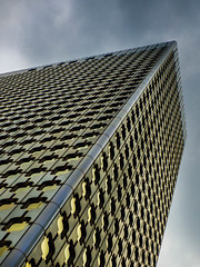 Golden diagonlal #1 (Le petit oiseau va...) Tags: building architecture city cityscape gold diagonal sky cloud paris ladéfense olympus omd
