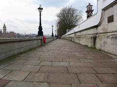Thames Path (ChiralJon) Tags: london westminster housesofparliament lights scenery cloudy england londres londra londen ロンドン 倫敦 伦敦 лондон thames path houses parliament river bridge big ben londyn 런던