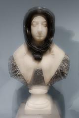 Unscharfe Kunst (juergen_gryska) Tags: braunschweig unscharf statue architektur kunst mehrfachbelichtung