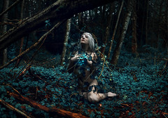 Terra (Kindra Nikole) Tags: kindra nikole kristi frazier earth day planet march for science glow glowing greenery forest forested ivy moss mossy