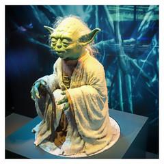 Yoda (Gretsch*) Tags: london londres angleterre england leicam240 leicasummicron35mmf20asph starwars starwarsidentitiesexhibition o2london leicamptyp240