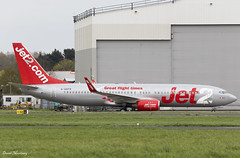 Jet2 737-800 G-GDFR (birrlad) Tags: shannon snn international airport ireland aircraft aviation airplane airplanes airline airliner airlines airways boeing b737 b738 737 737800 7378z9 ggdfr jet2 parked apron ramp maintenance hangar