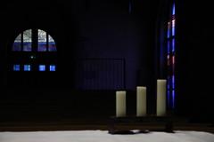 Nuit du tombeau. SILENCE. (Diké) Tags: triduum pascal samedi saint veillée image méditative communion desprit archives messe du soir silence pénombre attente prière dikée