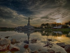 IMG_8204 ~ satu tujuan (alongbc) Tags: kualaterengganu terengganu malaysia travel trip places mosque floatingmosque sunset sundown clouds sky buildings canon eos700d canoneos700d canonlens 10mm18mm wideangle